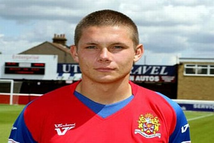 Walker Adds to Stortford Squad