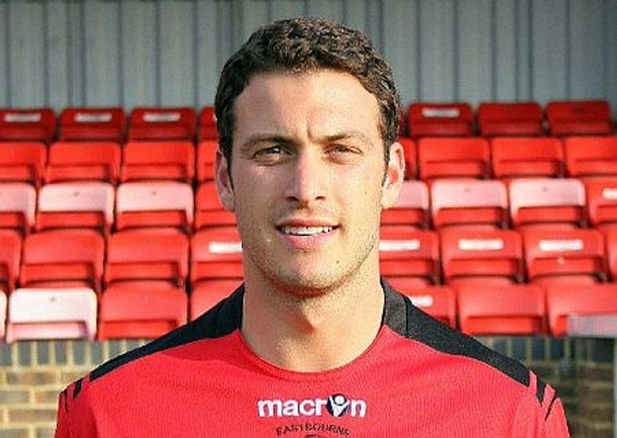 Elphick Makes Eastleigh Switch