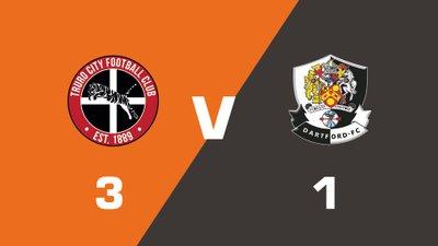 Highlights: Truro City vs Dartford
