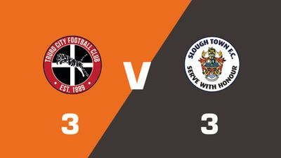 Highlights: Truro City vs Slough Town