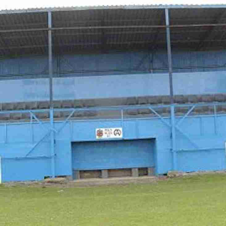 Mold Alex 80 years at Alyn Park