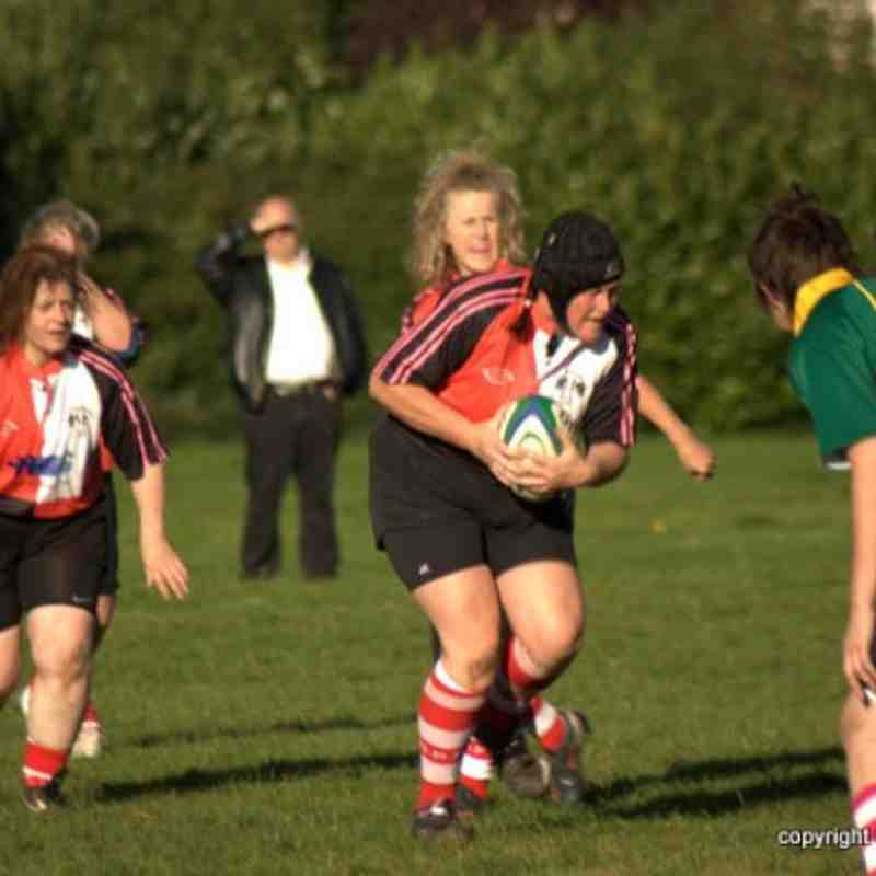 10-10-10 - Stanford Ladies v Deeping Devils