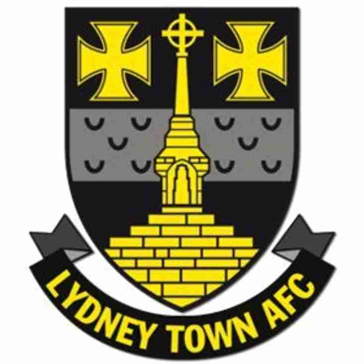 An eye on FA Vase opponents Lydney Town