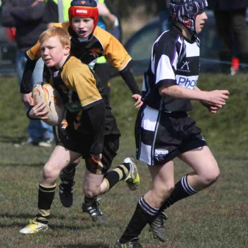 Drighlington Under 12 V Cas Panthers