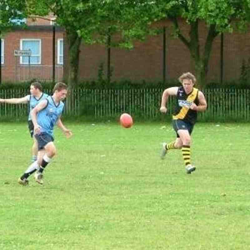 Gwent Tigers' Sonny Wall and Matthew Sullivan give chase for the ball playing against Cardiff Double Blues in 2009.