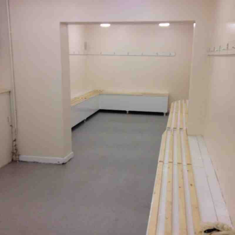 Changing rooms and showers
