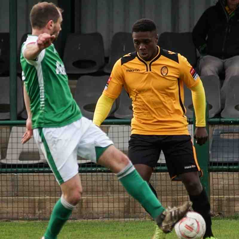 East Thurrock v VCD Athletic April 2016
