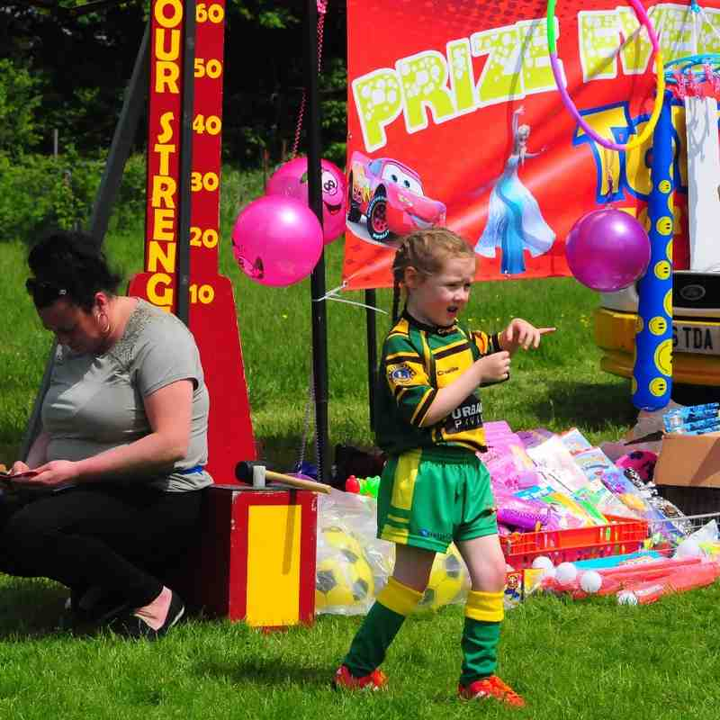 Woolston Rovers Charity Day 2016 - U7s and Cubs - 28/05/16