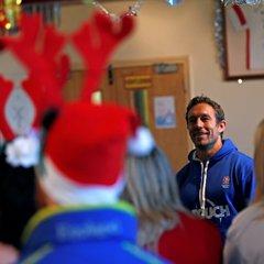 Jonny Wilkinson At Mill Hill RFC with the #RoseArmy - #WearTheRose