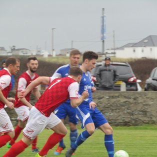 Treaddur Bay 1-3 Llanrug United
