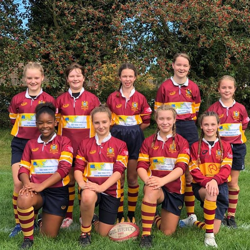 U13s Girls lose to Medway 11 - 9
