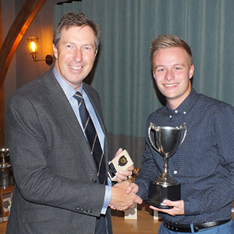 Allen confirms he is staying at South Devon CC during end-of-season awards night