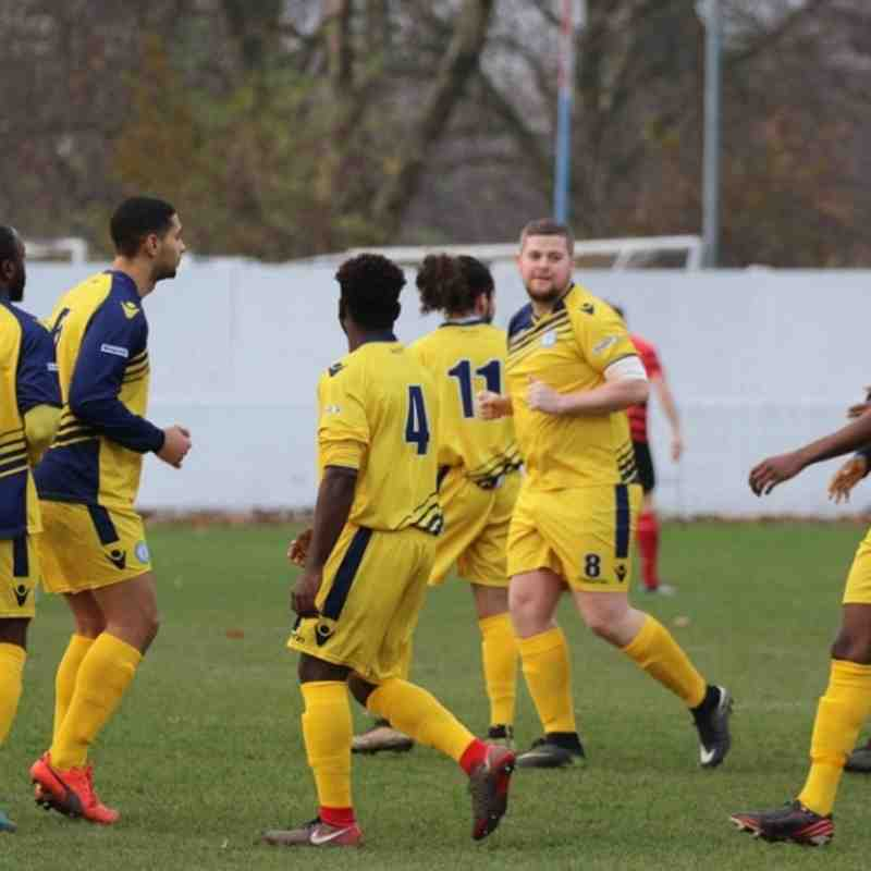 West Essex v Barkingside - 02/12/2017 - By Phil Lindhurst