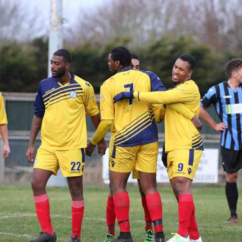 Burnham Ramblers v Barkingside - 02/12/2017 - By Phil Lindhurst