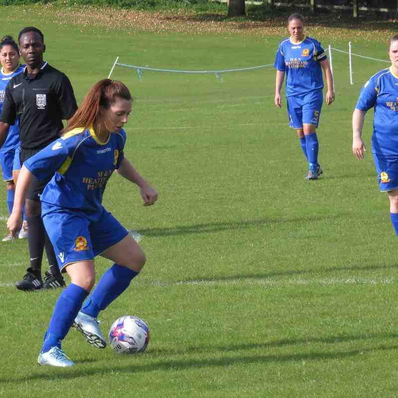 Newbury Ladies v Banbury United Ladies - 4th Oct 2015