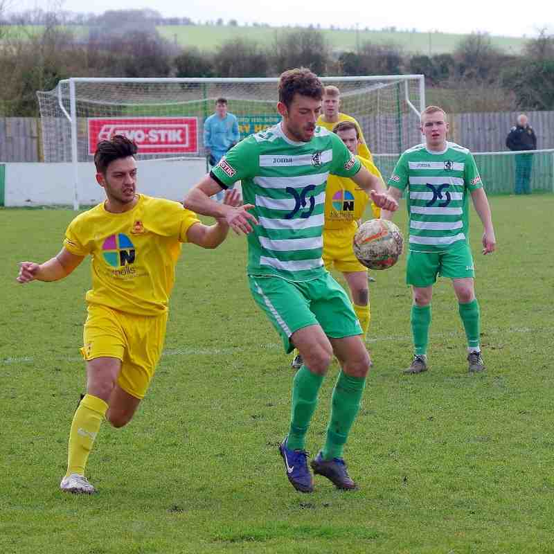 Wantage Town v Banbury United - Photos