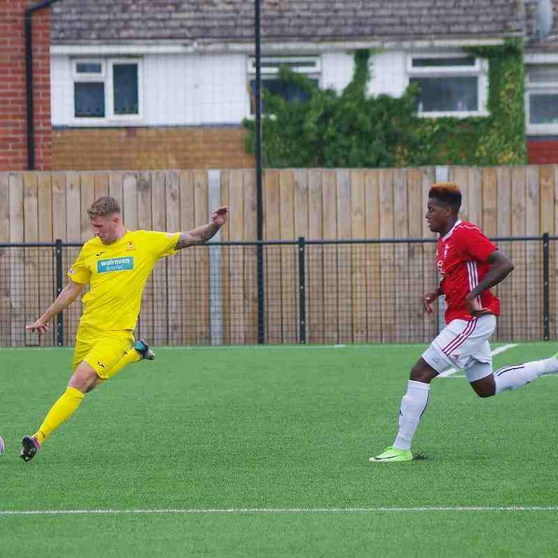 Photos - Bracknell Town v Banbury United
