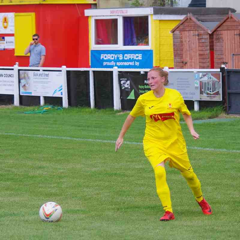 Photos - Banbury United Women v Caversham