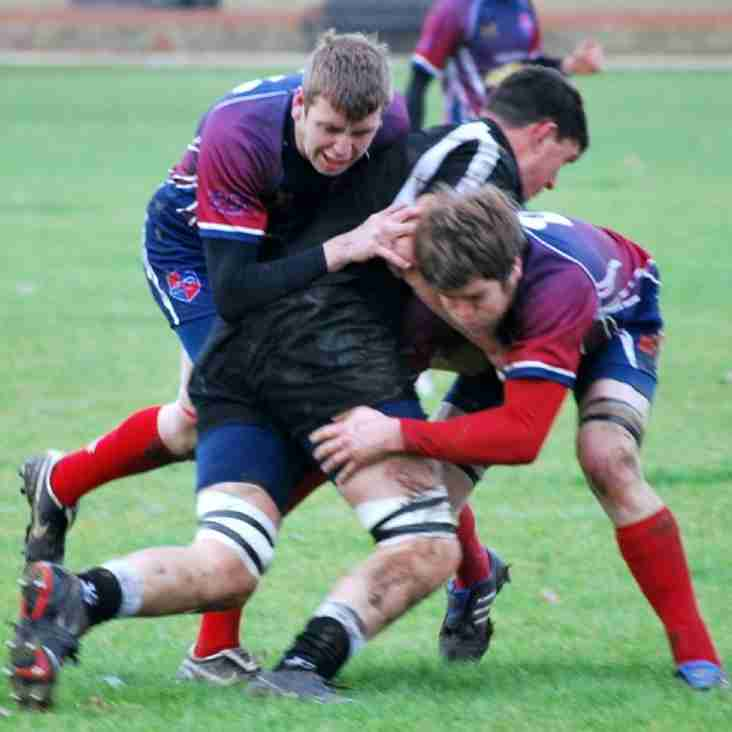 Grove back on track in league with a good win.