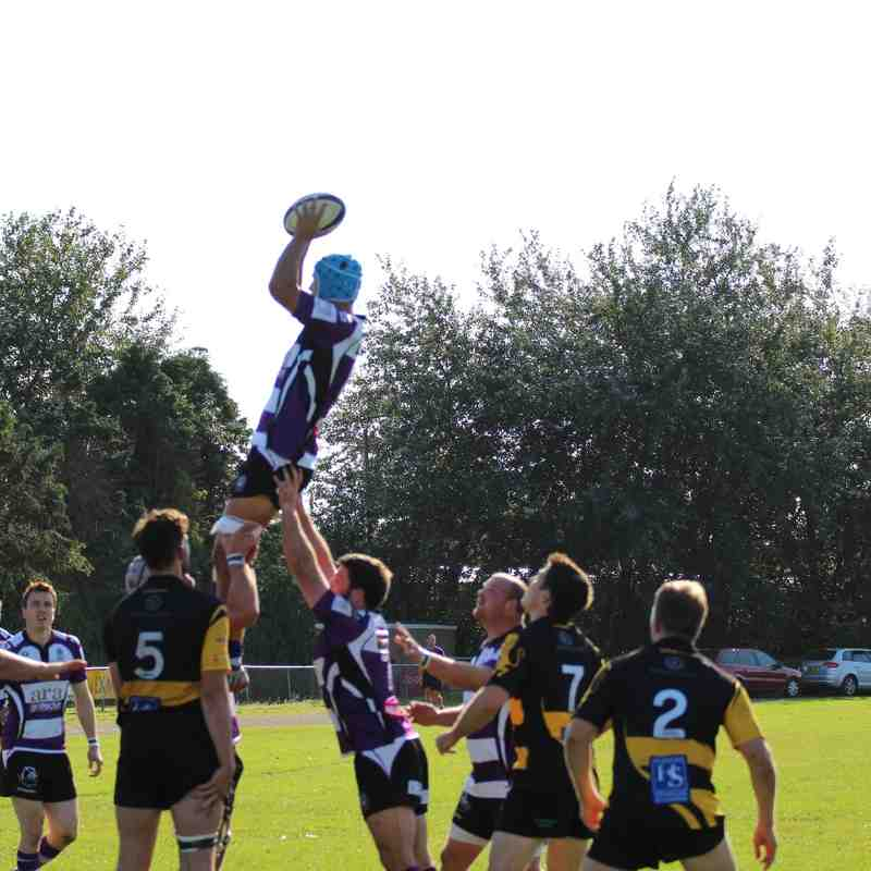 Exmouth 28 Bournemouth 25