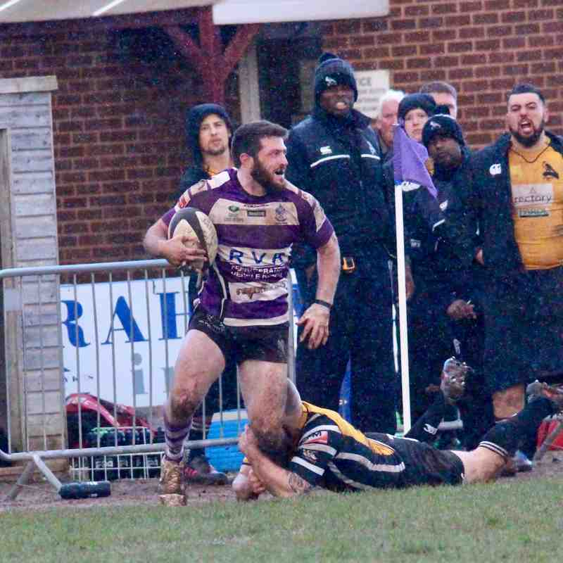 Exmouth 20 Chinnor 37
