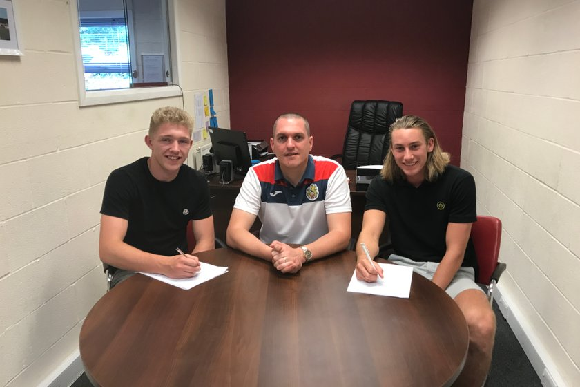 Dickens and Fagg sign on the dotted line