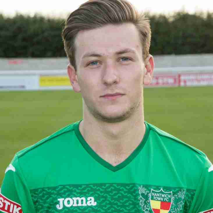Winslade signs for the Wellmen