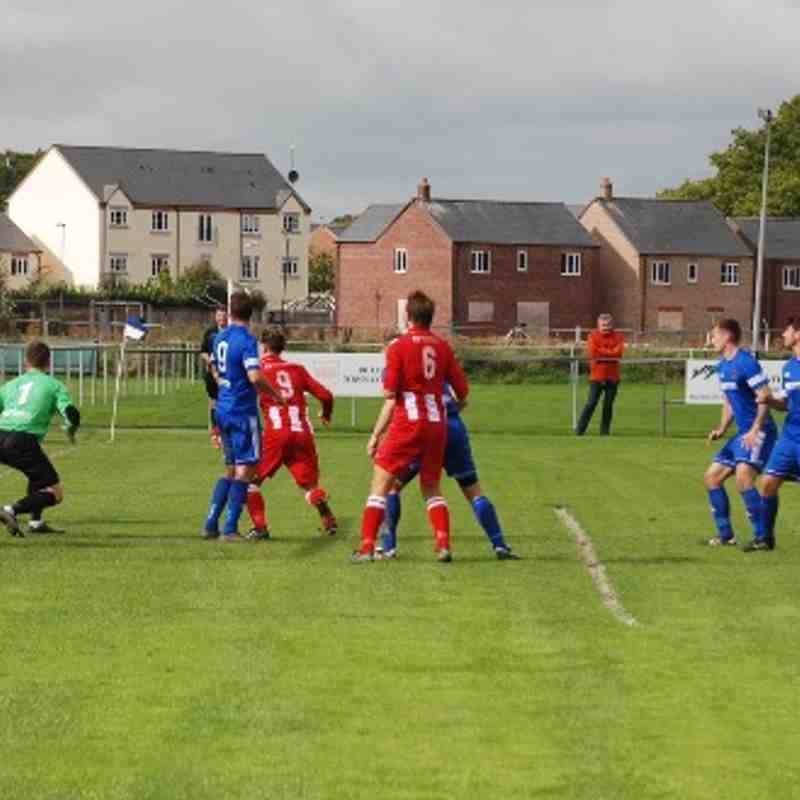 Ruthin Town 4-4 Holywell Town, 9th September 2017 (Lee Douglas)