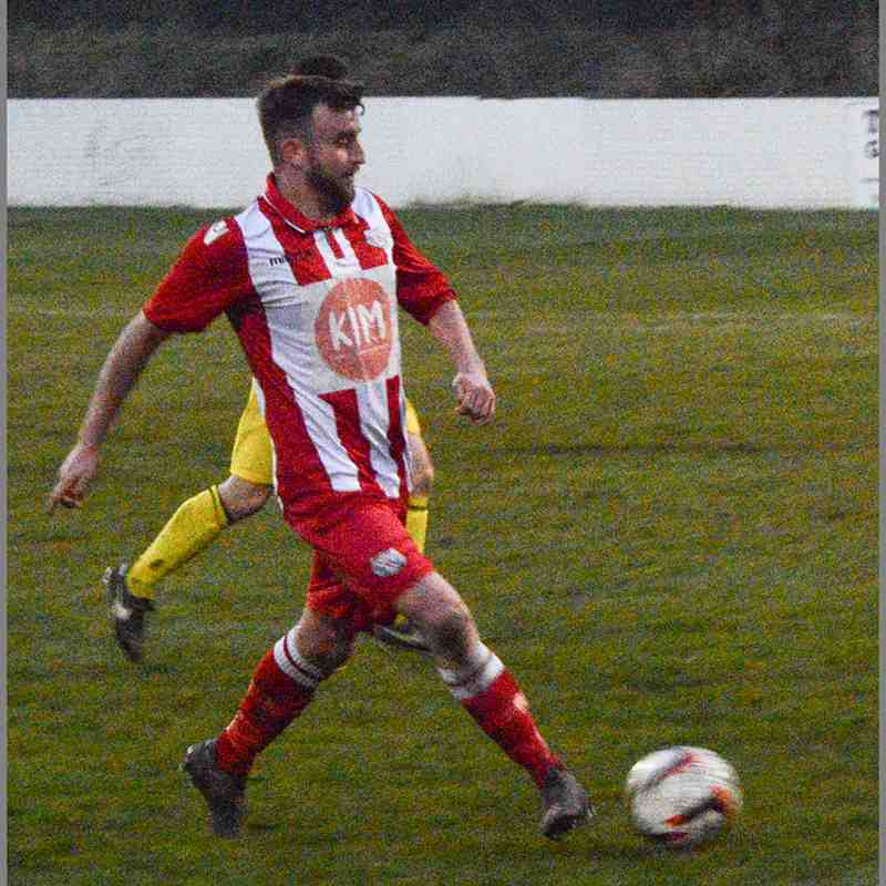Holywell Town v Llandudno Junction - Wednesday 11th April 2018.  (c) Chris Noble
