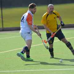Henley lose out to Old Cranleighans