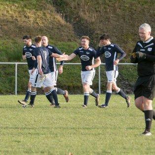 Llanfair edge tight contest on Mount Field
