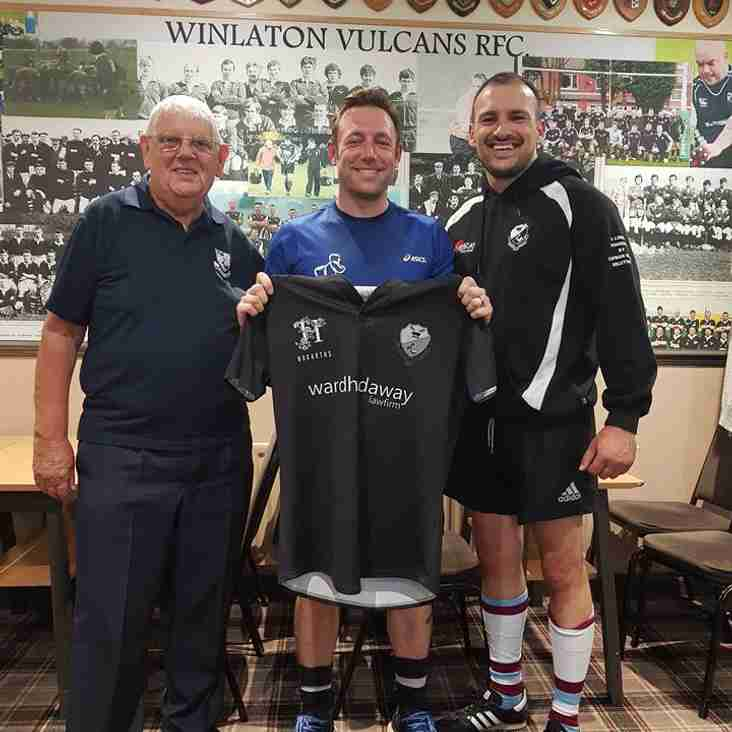 NEW SIGNINGS - ROB BELL