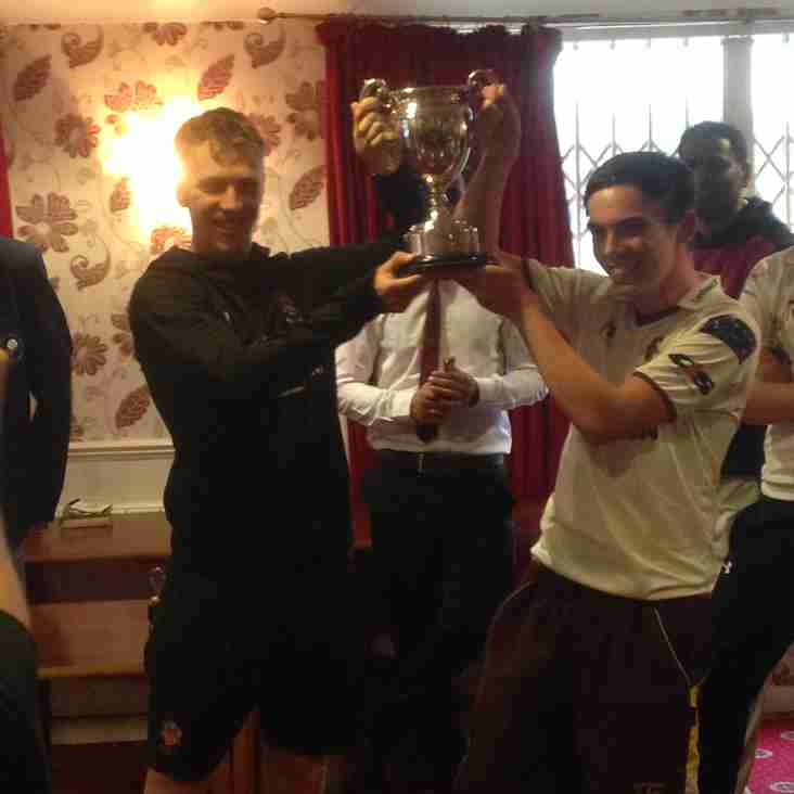 3rds lift the cup