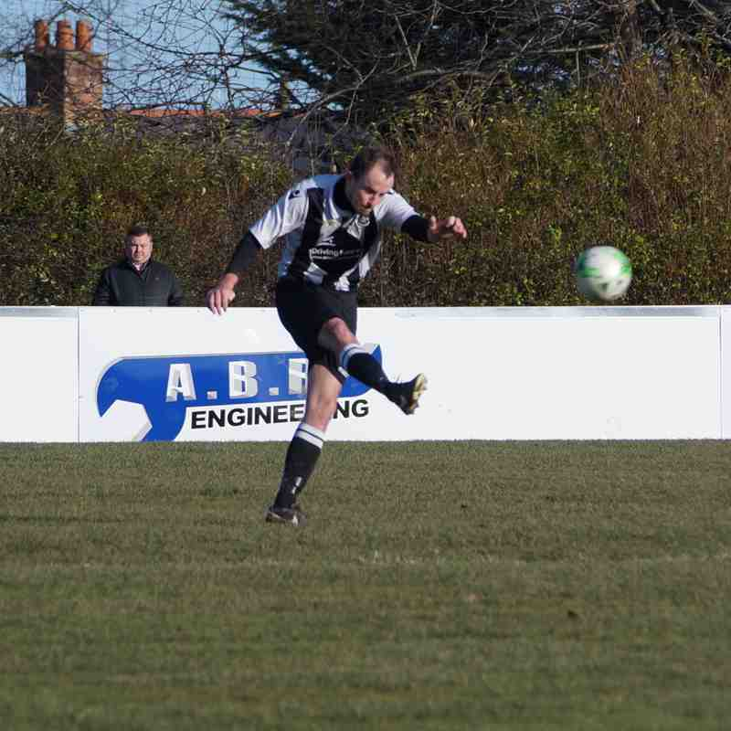 Llay Welfare v Saltney Town 04.02.17  Drew 0..0