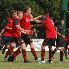 Knaphill 3 Camberley Town 2