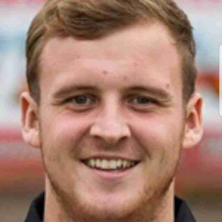 Amis joins from Altrincham