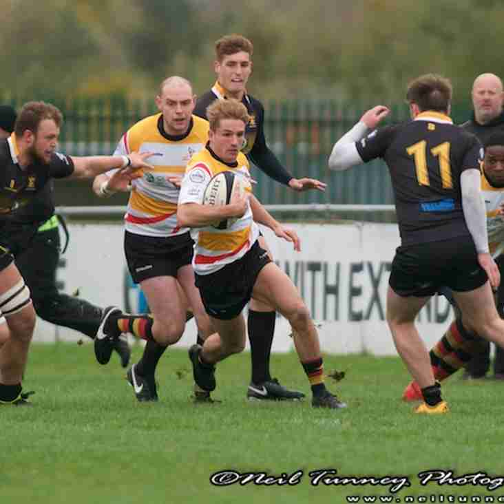 Bees shuffle the pack for Longton visit