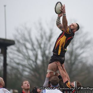 Bees tough out another win against a belligerent Bridgnorth
