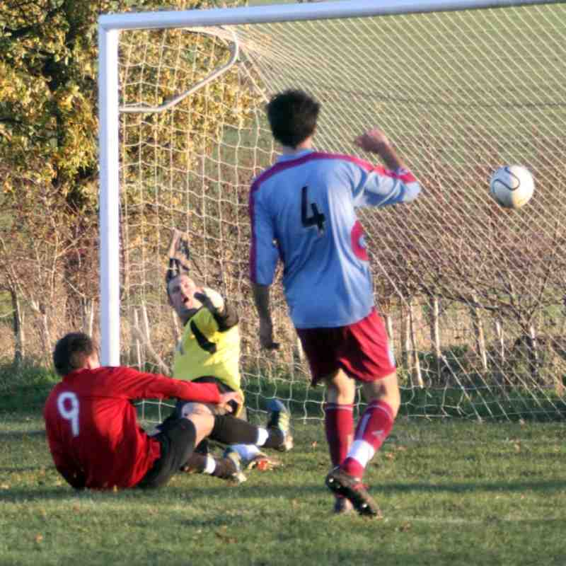 Hempnall 0 Blofield United 7