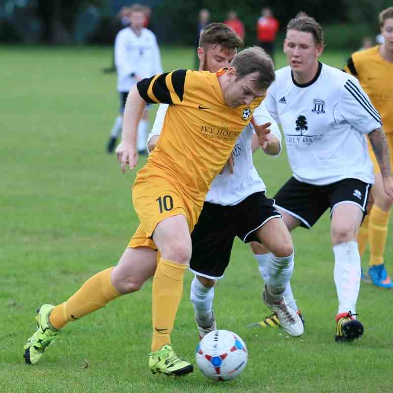 Waveney fc v Mutfield and Wrentham pre season friendly