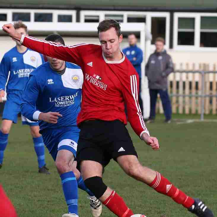 Ten Men Blofield lose away to Long Stratton , Reserves in eight goal thriller