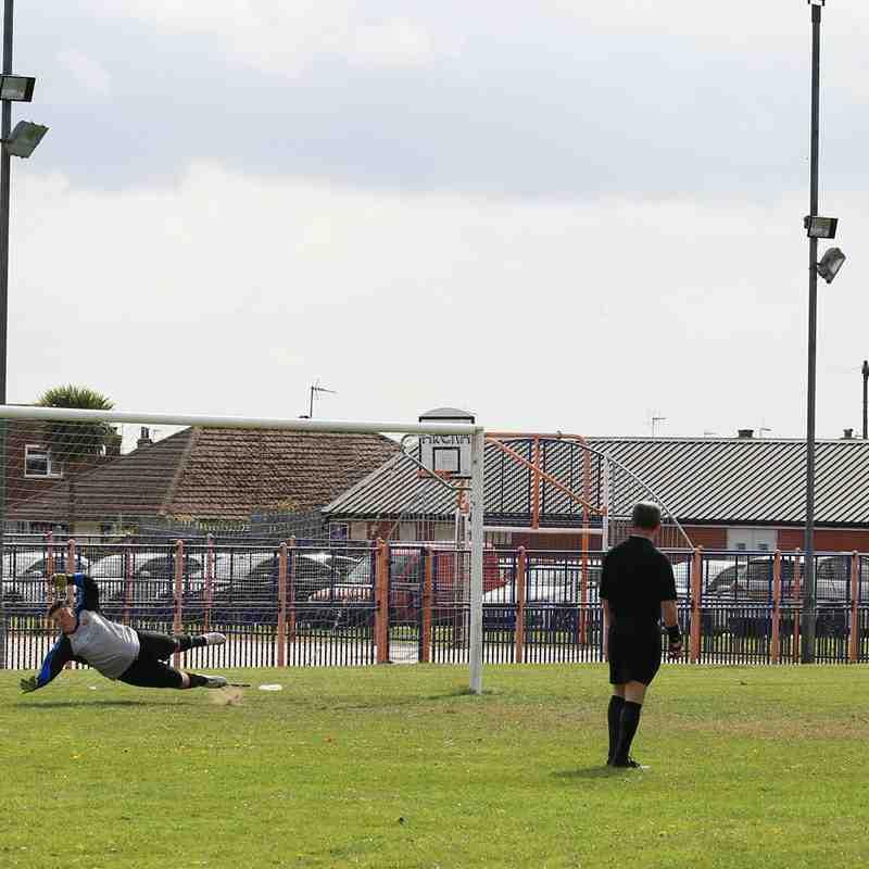Caister 1 Waveney FC 6