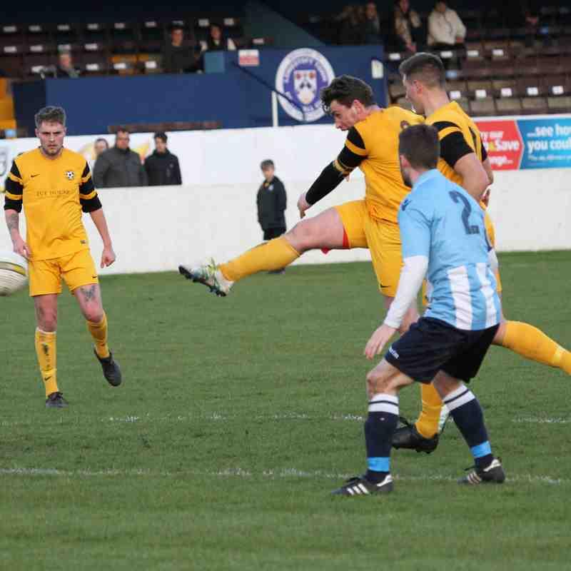 Waveney FC 5  St.Andrews 2