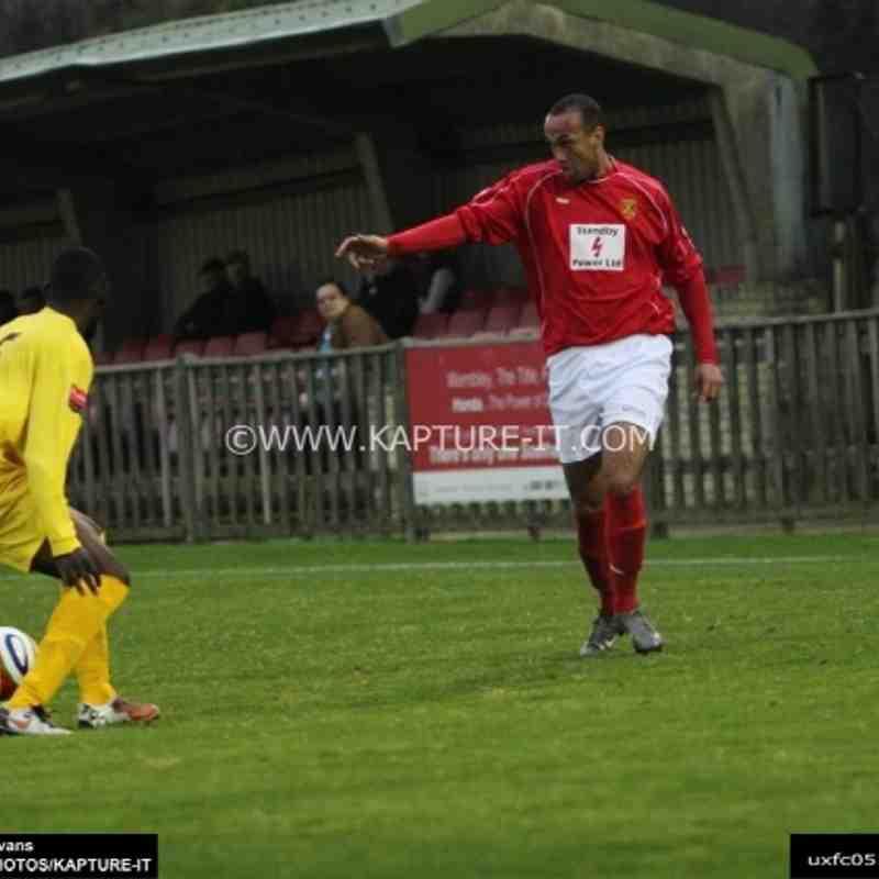 Potters_Bar_Town_FC 5-Nov-2011