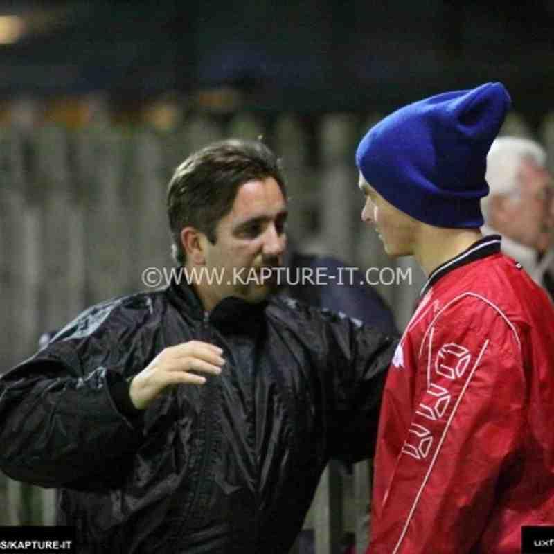 Barton_Rovers_FC 15-Nov-2011