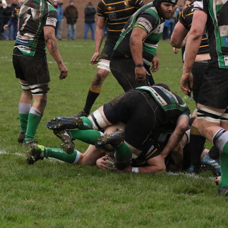 Giant Cornish Pack Wrestle 3 Points in Thriller!