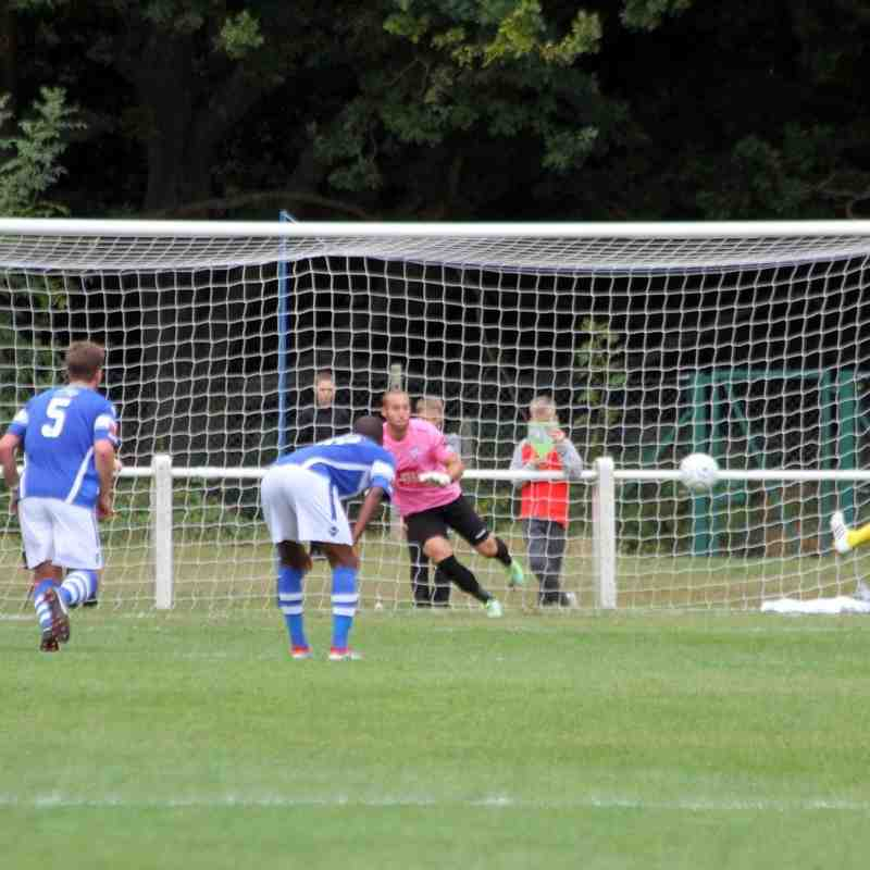 Ascot Utd v Angels 04.09.16. by David Couldridge.