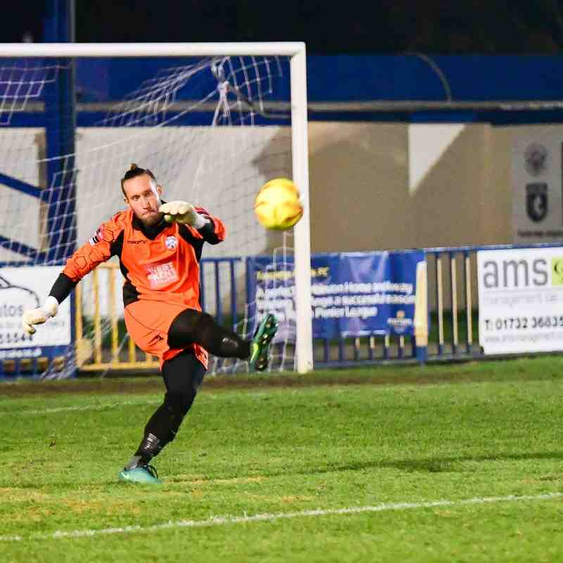 Angels (2) v Romford (2), Angels win 4-2 on pens, Ryman League Cup, 06.12.16. By Wesley Filtness
