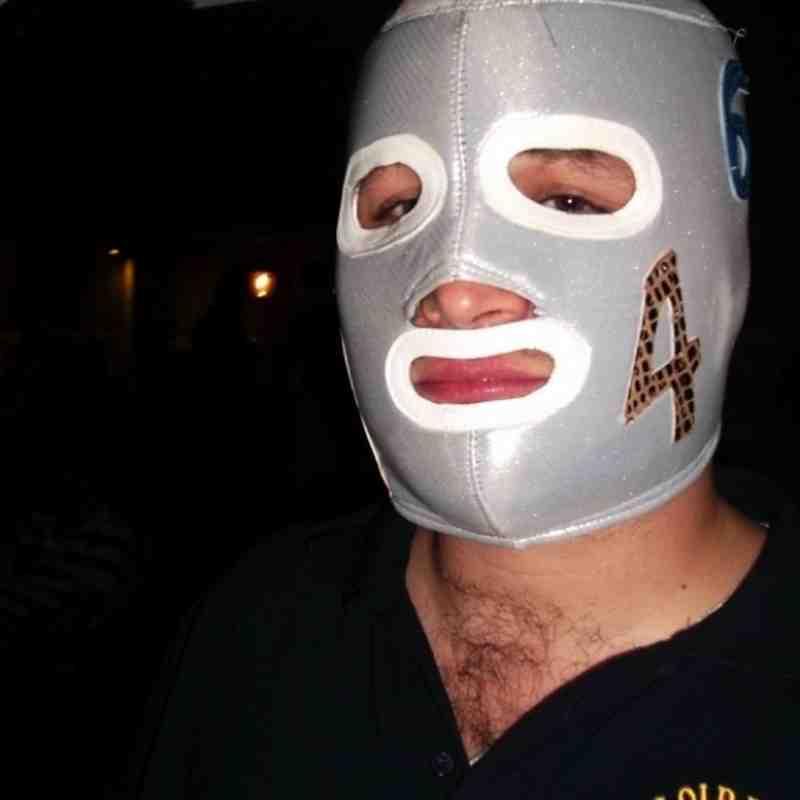 BEC SOCIAL: Stupid headwear 2011