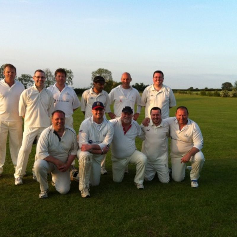 Offchurch Cricket Club 128 - 129/2 Leamington Lemmings
